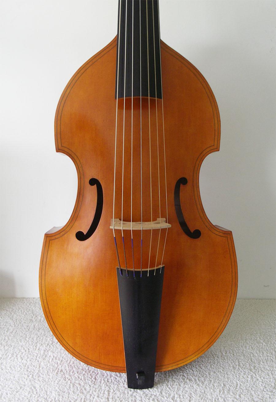 magnifique viole de gambe basse 7 cordes beautiful 7 strings bass viol sold. Black Bedroom Furniture Sets. Home Design Ideas